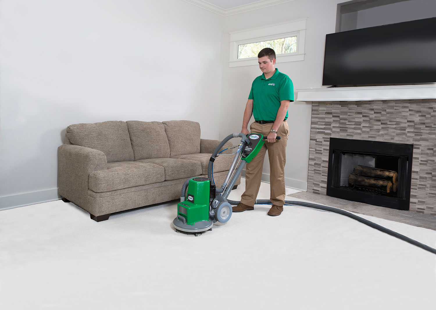 carpet cleaning technician at work